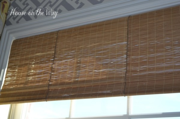 House on the Way - faux bamboo shades from placemats via @Remodelaholic