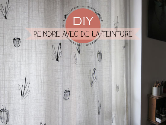 Plumetis Magazine - hand painted curtains using dye - via Remodelaholic