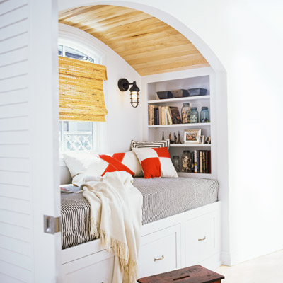 This Old House - built-in bed windowseat via @Remodelaholic
