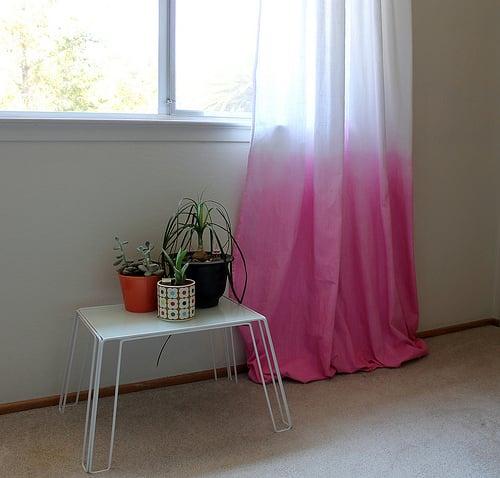 Vitamini Handmade   Diy Dip Dyed Curtains   Via Remodelaholic