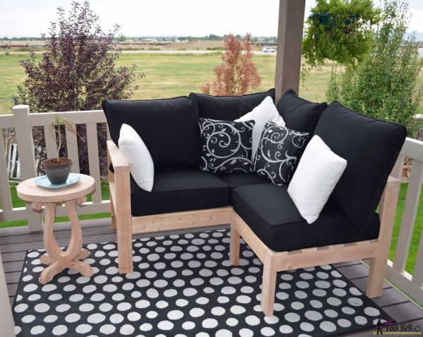 diy outdoor seating and furniture, Her Toolbelt