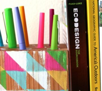 Make a Modern Wall Hanging Pen Holder