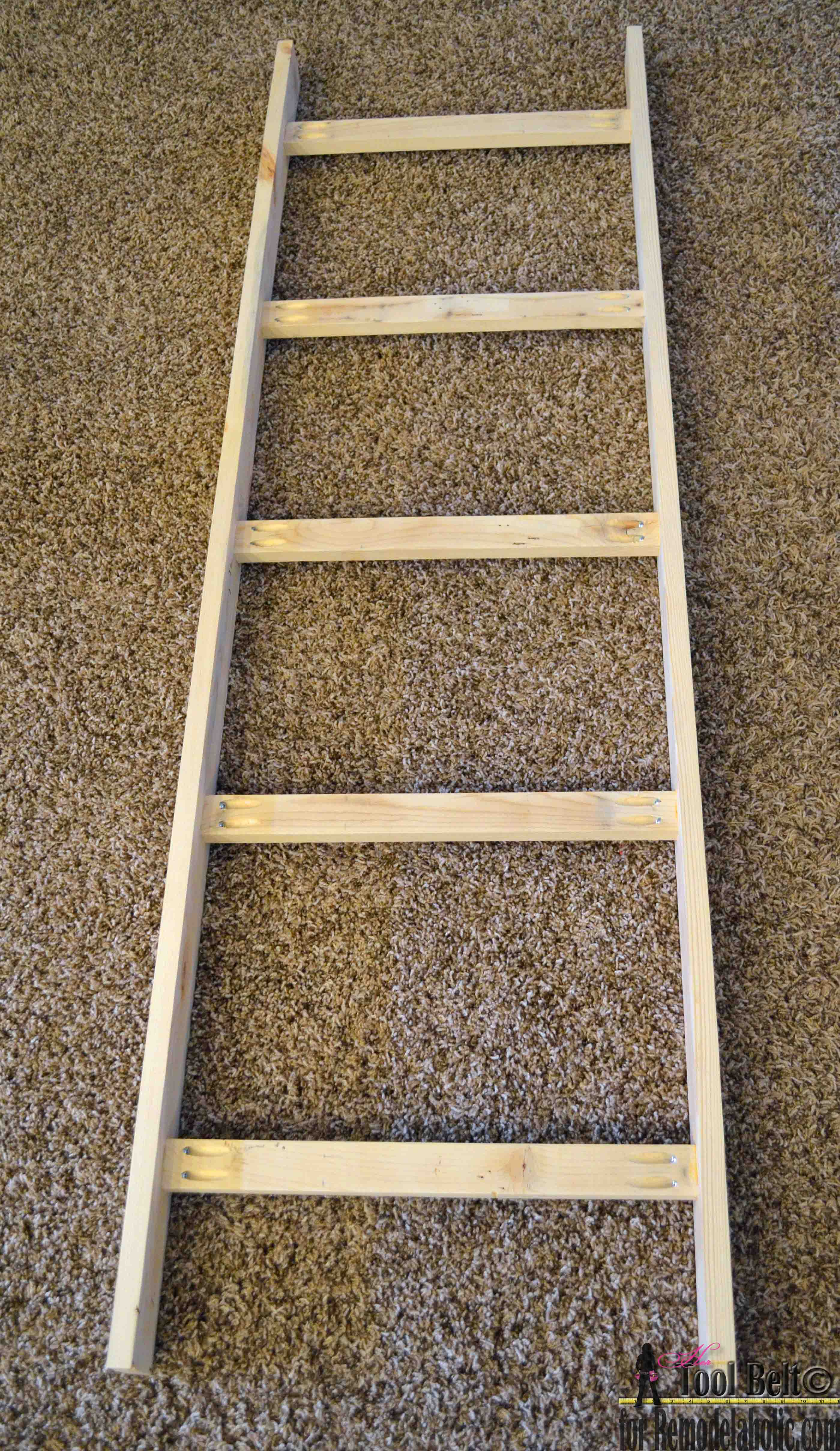 Diy Blanket Ladder Remodelaholic Build An Easy Blanket Ladder For Just 5