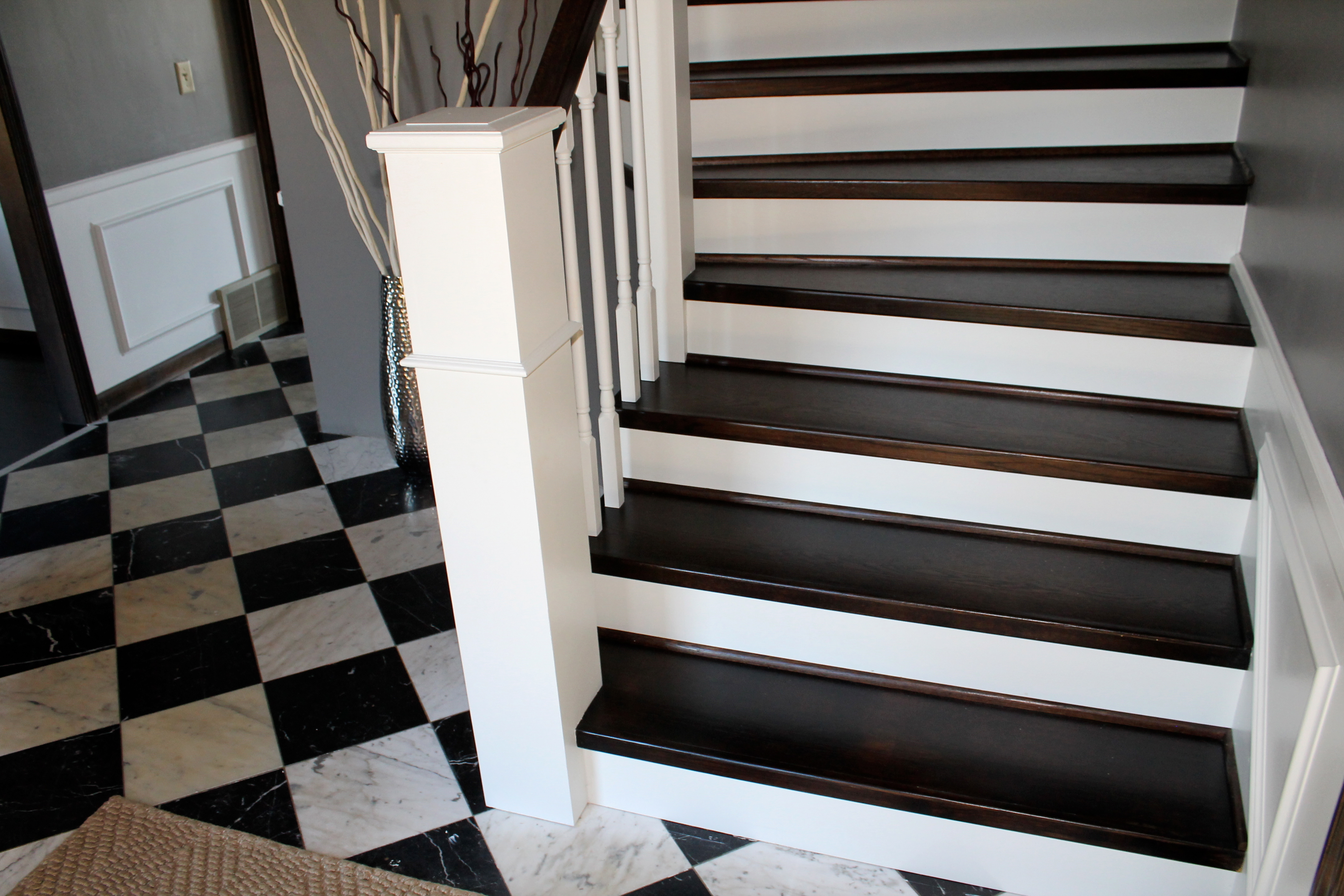 Carpet To Paint And Wood Staircase And Handrail Remodel    Construction2Style Via @Remodelaholic