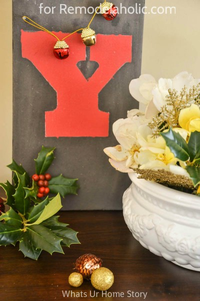 holiday sign tutorial @Remodelaholic