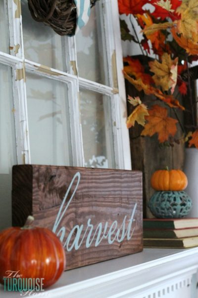 painted fall harvest sign - The Turquoise Home via @Remodelaholic