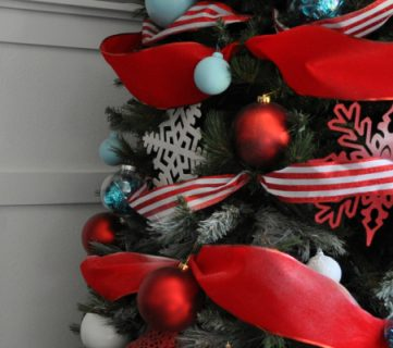 How to Decorate a Christmas Tree: A Designer Look from the Dollar Store