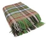 Modern Remodelaholic Xmas Plaid Blanket