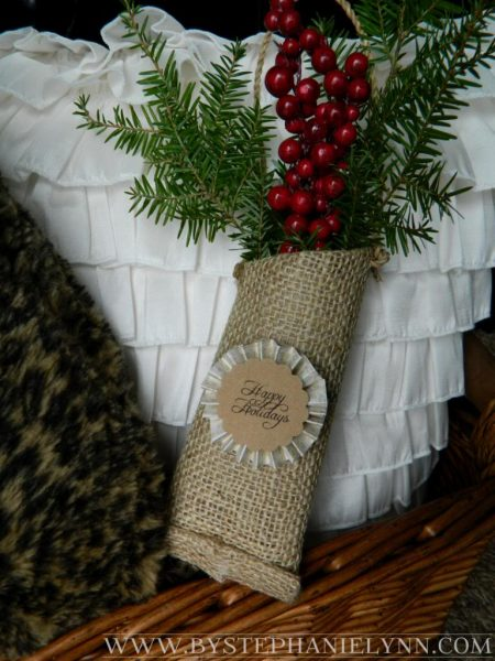 diy fresh greenery pouches - Stephanie Lynn on Positively Splendid via @Remodelaholic