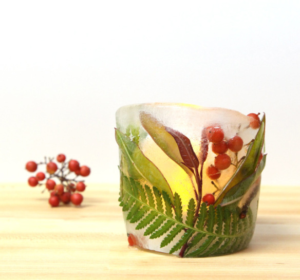diy ice and berries luminary - A Piece of Rainbow via @Remodelaholic