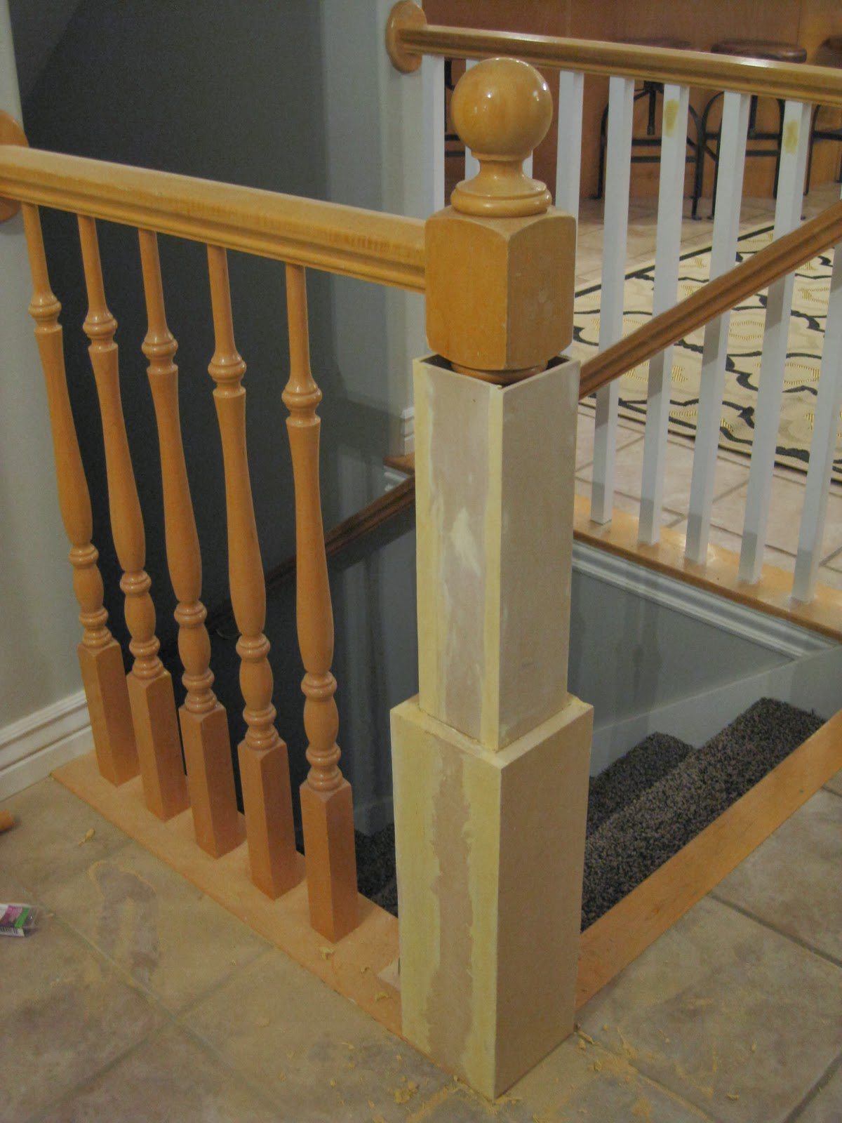 Diy Newel Post With Existing Banister Tda Decorating And Design Featured On Remodelaholic