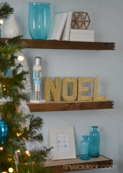 gold noel block letters - Tiny Sidekick via @Remodelaholic