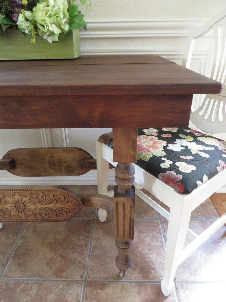 remodelaholic | stepstep: how to refinish wood furniture