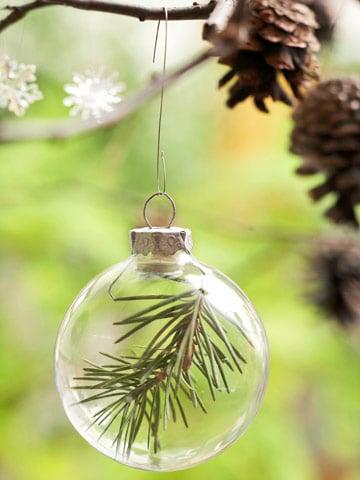 pine sprig ornament - BHG via @Remodelaholic