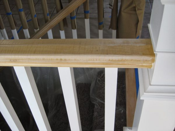 stair banister makeover - TDA Decorating and Design featured on @Remodelaholic