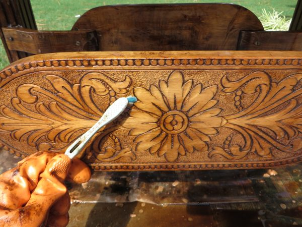 how to refinish ornate wood furniture by Beckwiths Treasures on Remodelaholic
