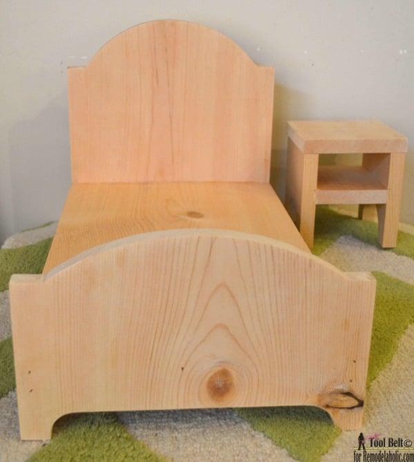 Unfinished DIY Wood Doll Bed For 18 Dolls, Easy Beginner Plans #remodelaholic