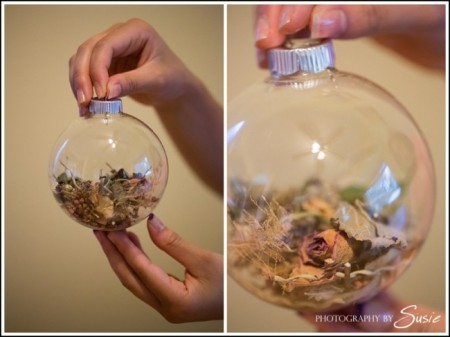 Wedding Bouquet Filled Ornament - Try these 35+ DIY ideas for clear glass ornaments to add precious memories and lots of spirit to your Christmas tree! from @tipsaholic #ornaments #diy #christmas