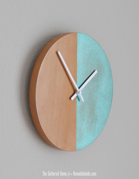 DIY Two-Tone Copper Clock | Remodelaholic.com #anthropologie #clock #knockoff