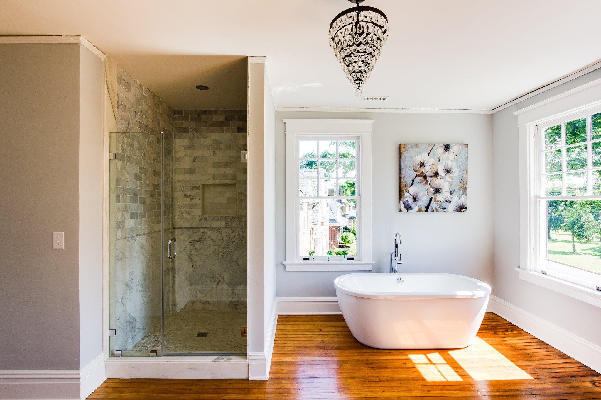 Remodelaholic Spacious Bathroom Inspiration