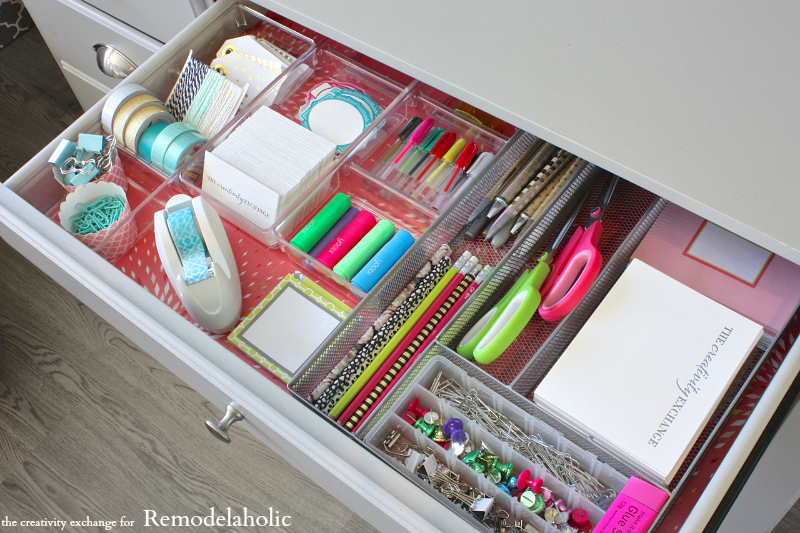 Exceptionnel Quick Tricks For Organizing Desk Drawers To Maximize Space. Remodelaholic