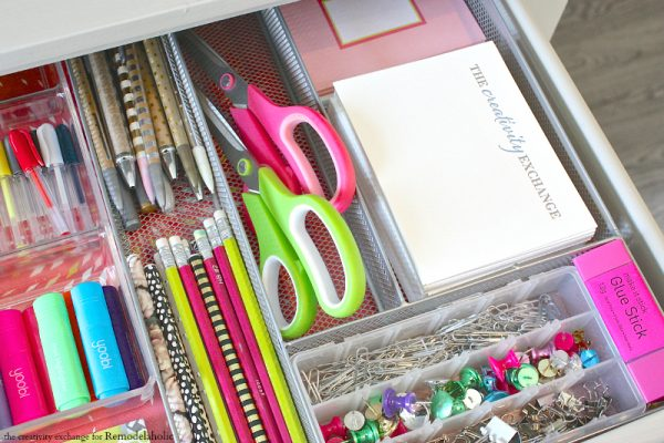 Beau Quick Tricks For Organizing Desk Drawers. Remodelaholic