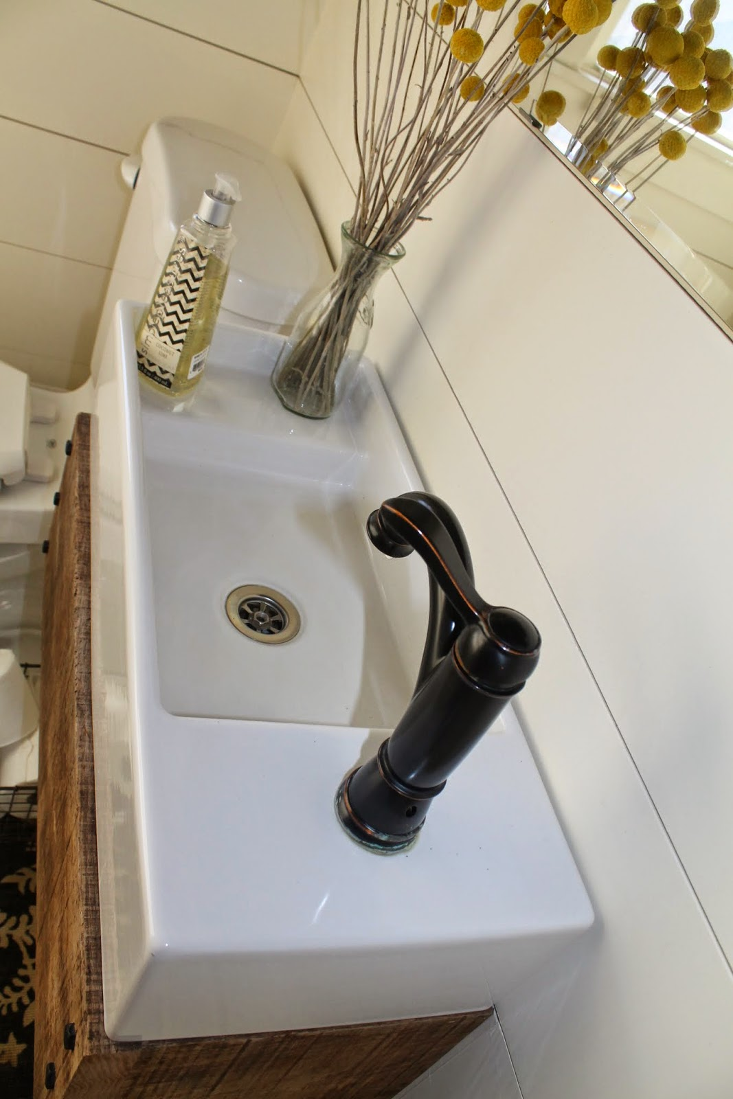 Diy Wood Floating Vanity With Farmhouse Sink   Girl Meets Carpenter  Featured On @Remodelaholic
