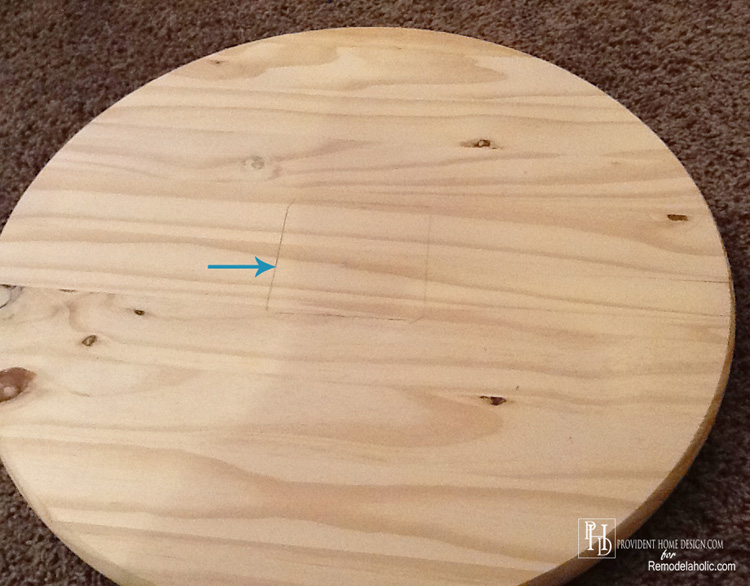 Measure and Trace where Leg attaches to top