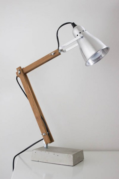articulated lamp 25
