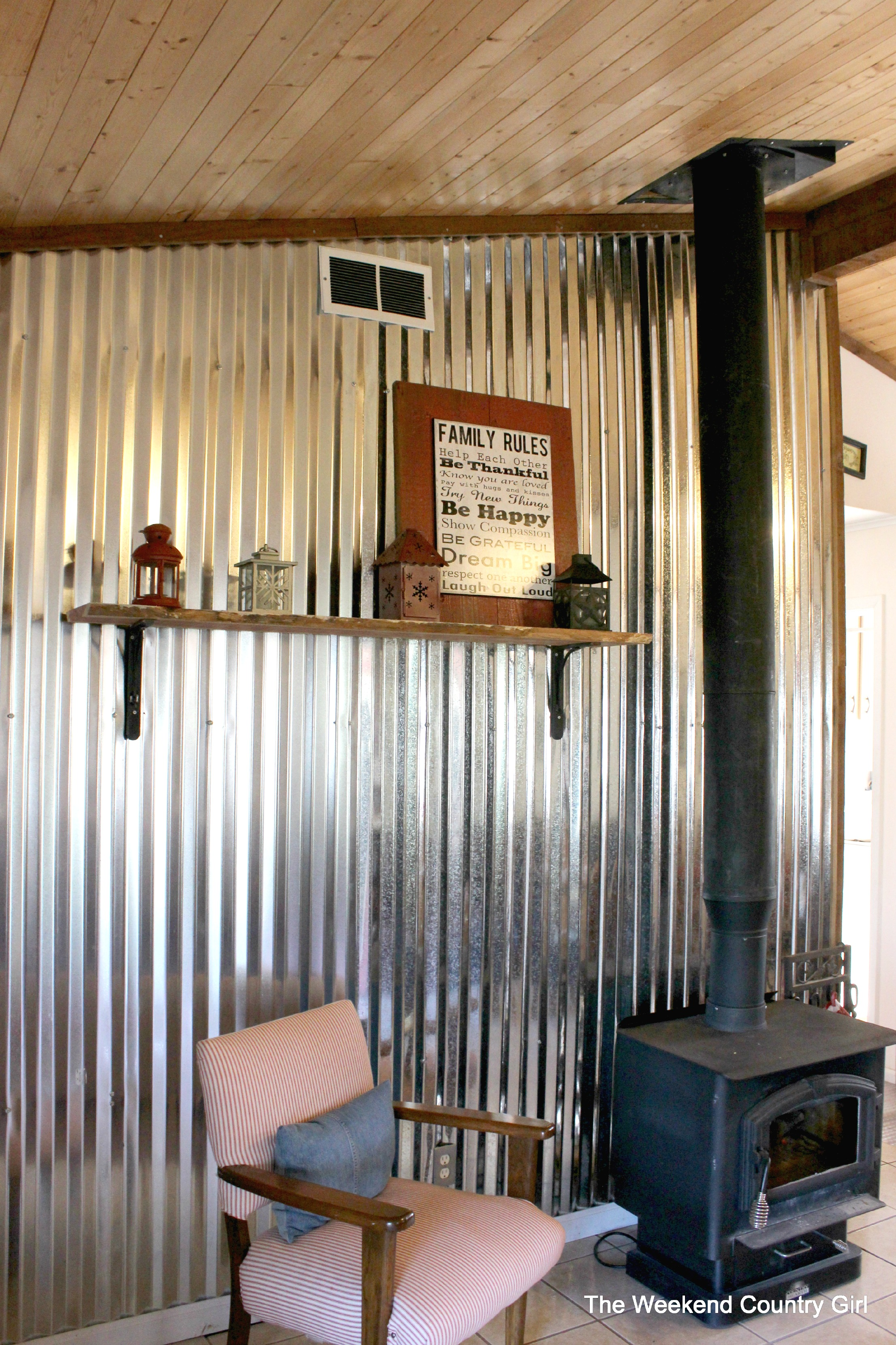 Diy Corrugated Tin Metal Sheet Wall The Weekend Country Featured On Remodelaholic