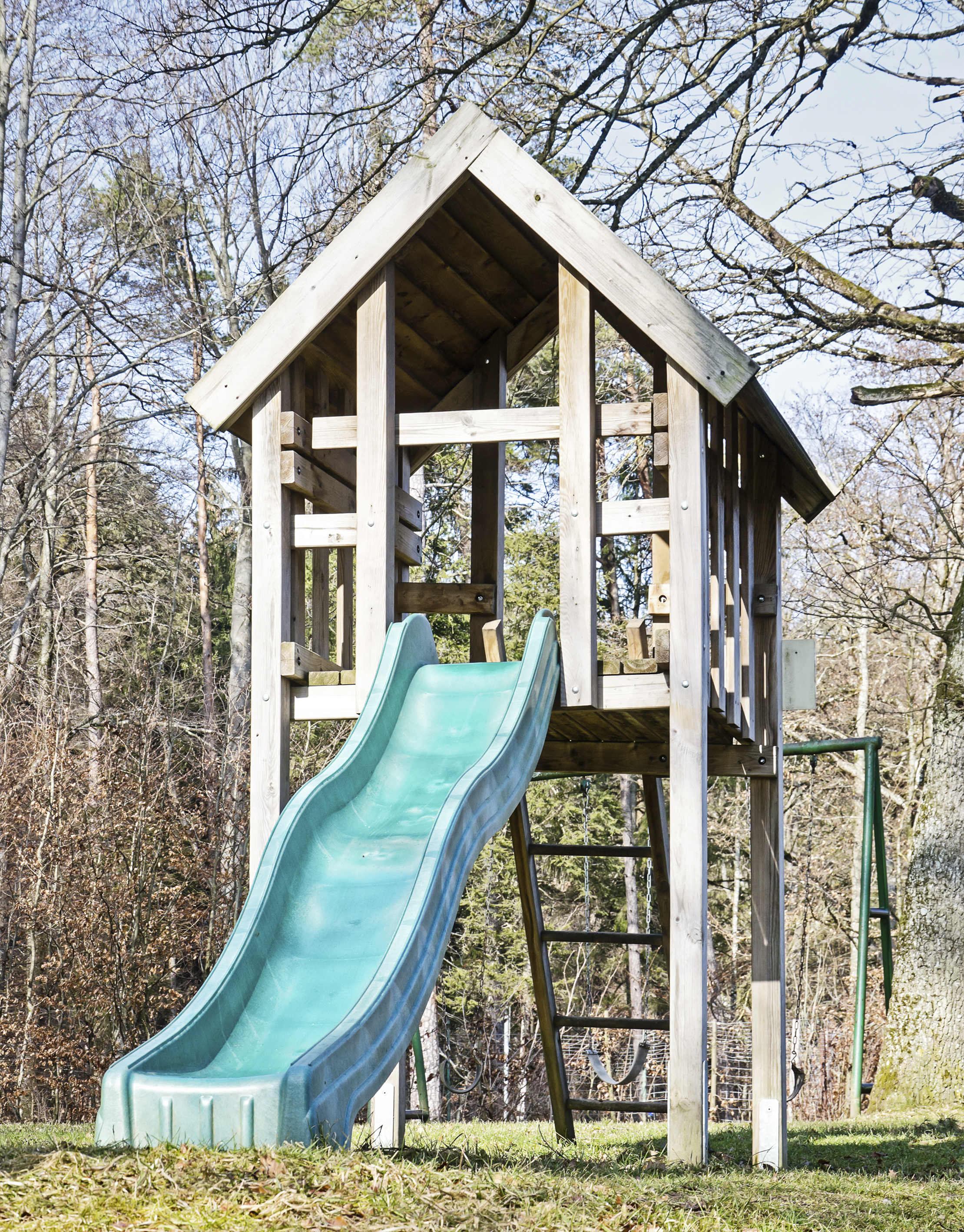 remodelaholic 7 diy outdoor play equipment ideas for your backyard