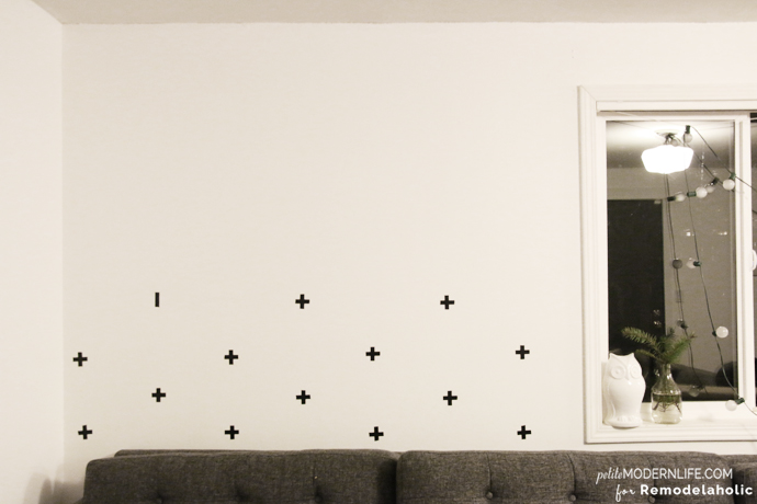 Spectacular This DIY Swedish Cross Wall is a fantastic way to add character to any wall for