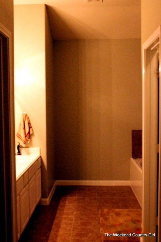Bathroom makeover by The Weekend Country Girl featured on @Remodelaholic