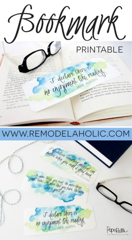 Cutest FREE watercolor printable bookmarks. Perfect for a friend or teacher -- stick it in a new book for an easy gift!