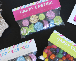 Free Printable Easter Treat Bag Toppers //  Elegance and Enchantment for Remodelaholic
