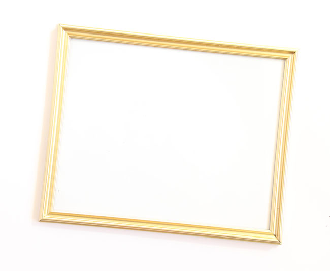 Remodelaholic | Easy Barn Wood Frame from An Old Picture Frame