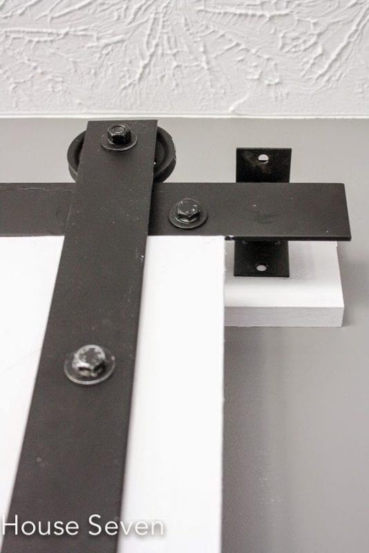 35 diy barn doors rolling door hardware ideas for Rolling barn door hardware