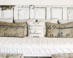 feature daybed-headboard-the-vintage-round-top