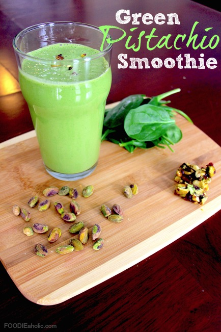 St. Patrick's Day breakfast idea: green pistachio smoothie from Remodelaholic