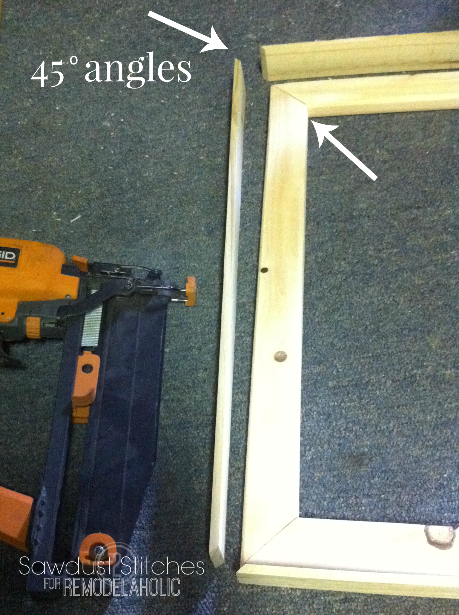rustic frames 45 angles sawdust2stitches for remodelaholiccom - Diy Rustic Picture Frame