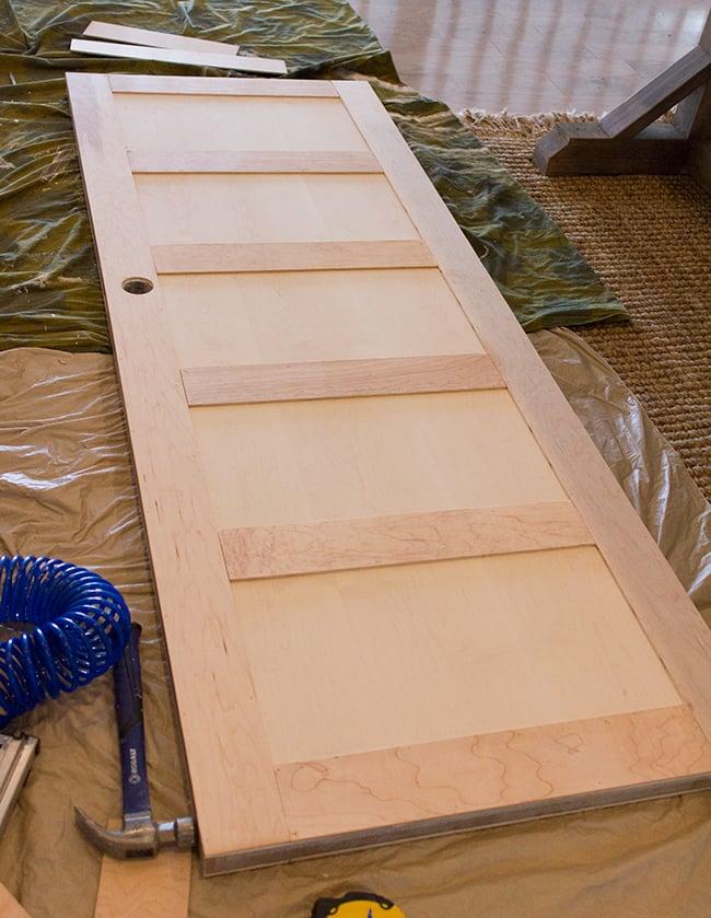 5 panel door from a flat hollow core door remodelaholic for Flat entry door design