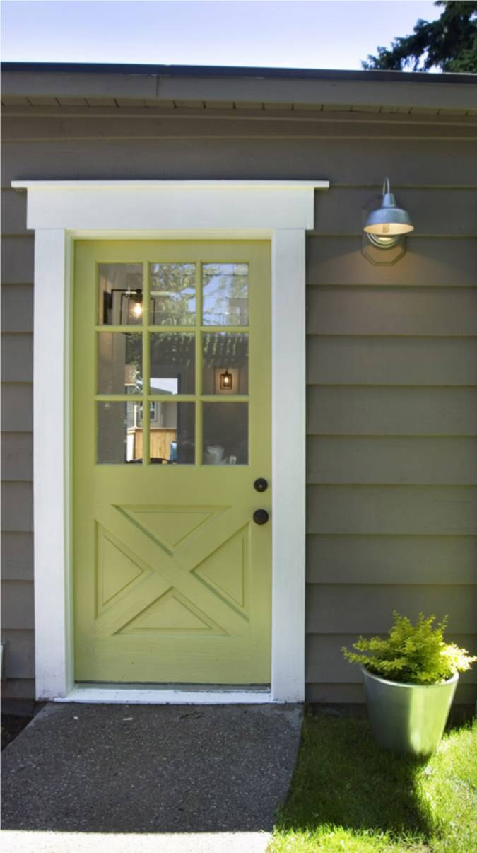 Remodelaholic 50 beautiful doors front door paint colors for Back entry doors for houses