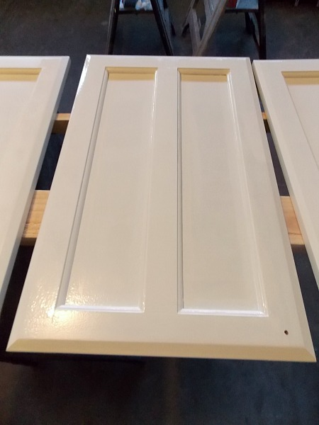 Painting Cabinet Door Tutorial by The Palette Muse featured on Remodelaholic