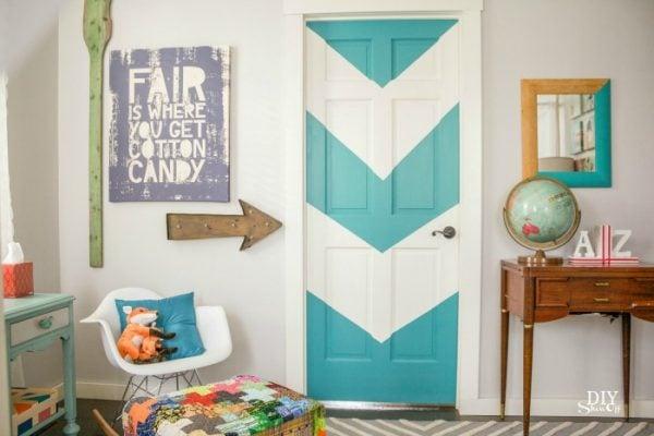 color blocked chevron door - DIY ShowOff