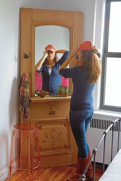 Remodelaholic 100 ways to use old doors for Uses of mirror