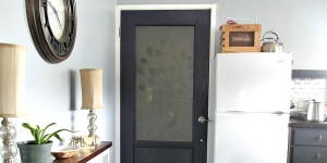 feature frosted glass pane door @Remodelaholic
