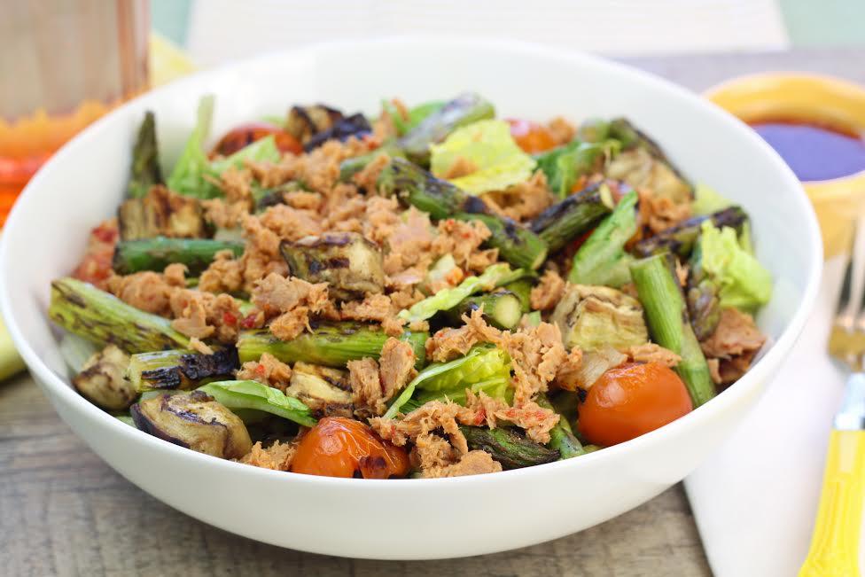 Grilled 'n' Chilled Veggie Tuna Salad