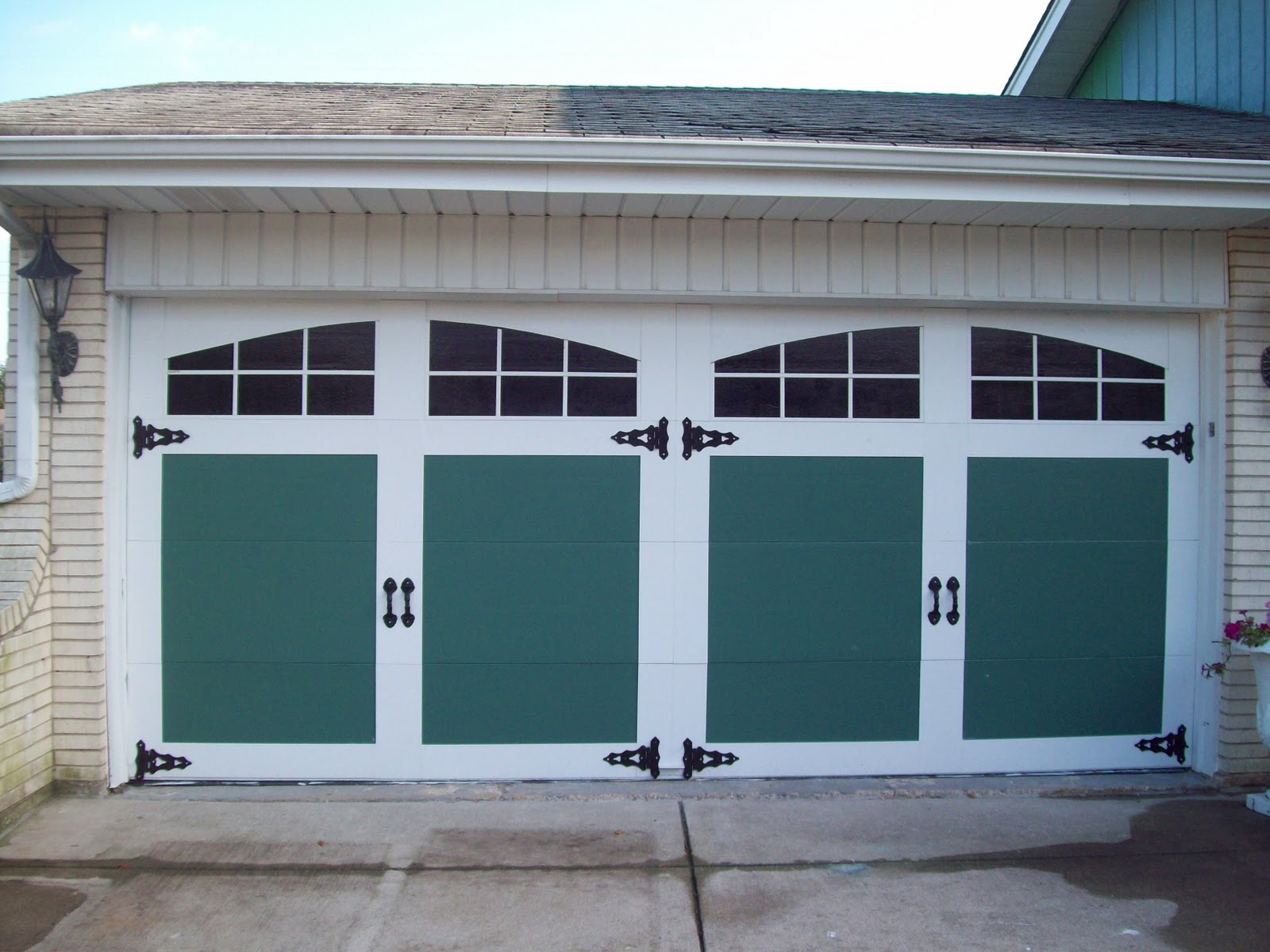 Remodelaholic 8 diy garage door updates for Faux painted garage doors