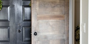 salvaged wood 5 panel door DIY from a flat door @Remodelaholic