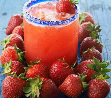 7 Delicious Strawberry Drinks